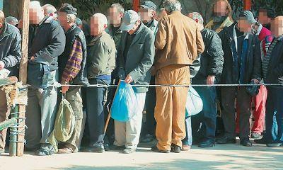 Η κοροϊδία του Αλέξη Τσίπρα δεν έχει τελειωμό! «Πουλάει» ανάπτυξη με...στρατιές νεόπτωχων!