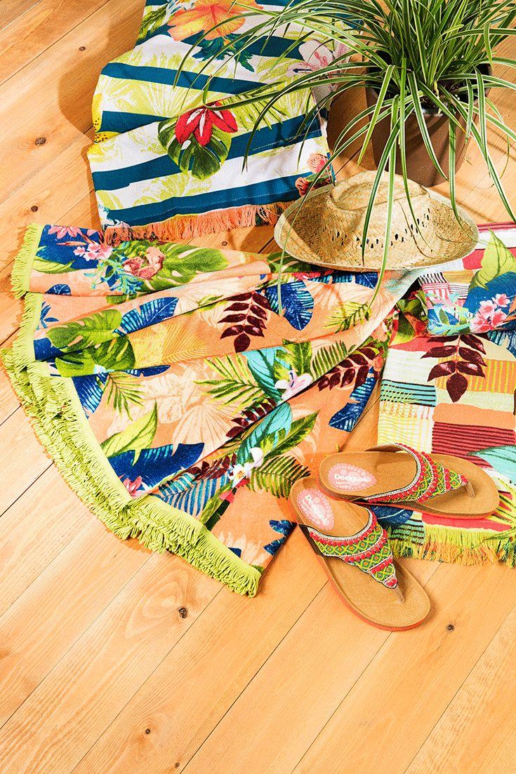 Find your perfect and fashion summer style with desigual round velour beach towel, with a pattern that is full of color, and Desigual toe strap flip flops with an ergonomic shape and embroidered beads! Go to the beach with style!   You'll love how soft it feels! Let's go with summer vibes!