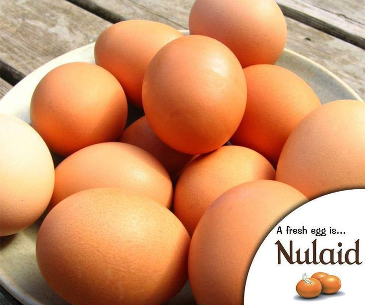 #DidYouKnow that eggs can help to protect our bones. Eggs are one of the few natural food sources of vitamin D, which is essential for calcium absorption and for maintaining optimum bone health. Therefore, it plays a supporting role in the prevention of osteoporosis together with dairy products, our main source of calcium. #FactFriday #Nulaid