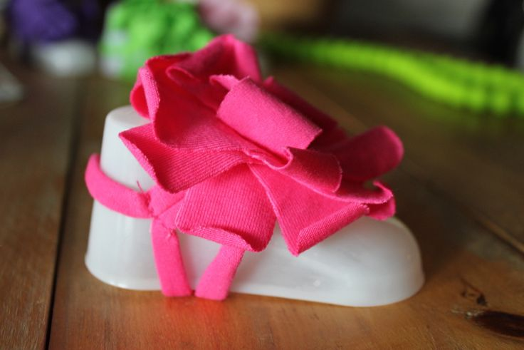 Baby Foot Flowers - Hot Pink