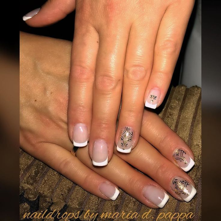 #frenchmanicure #goldstickers #nailsanddreams
