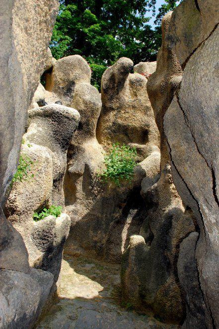 """Un labirinto di pietra"""