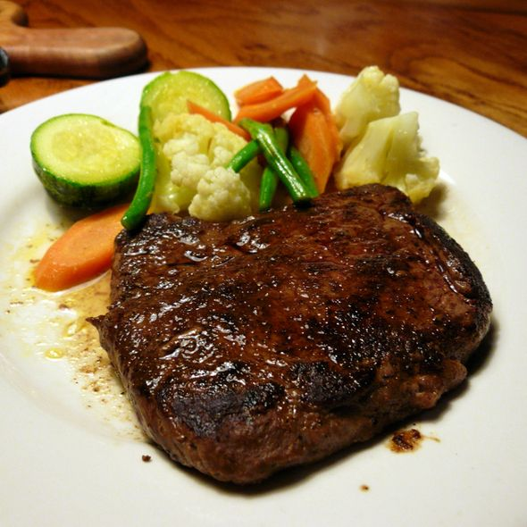 OUTBACK SPECIAL STEAK  Outback Restaurant Copycat Recipe   2 sirloin steaks, well trimmed, boneless, 1 1/4 inch thick   Spice Rub:  1 tab...