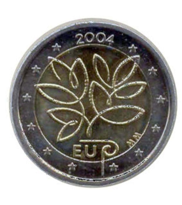 Zwei-Euro-Münze aus Finnland: 2004 zur EU-Erweiterung hergestellt, heute ist die Münze knapp 60 Euro wert. Nicht immens selten, immerhin sind es 1 Million Exemplare im Umlauf.