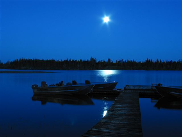 Where is your favorite place to look at the moon? #DreamWater