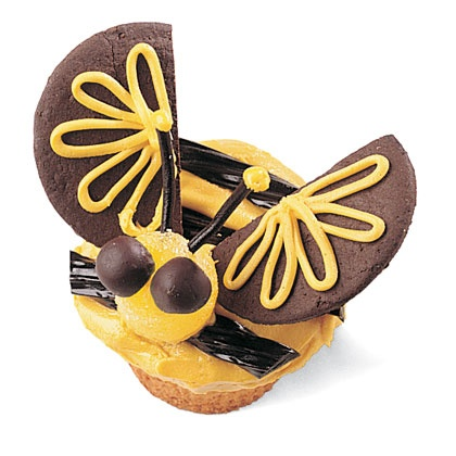 Y Is For Yellow Jacket Cupcake    The kids will be buzzing about these cute cupcakes that look like yellow jackets