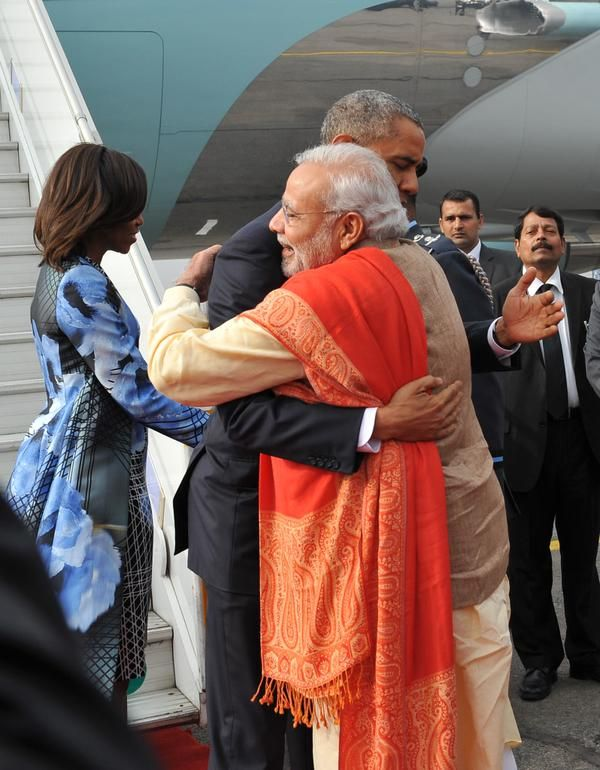 President Barrack Obama visits India and shares a warm hug with Prime Minister Narendra Modi