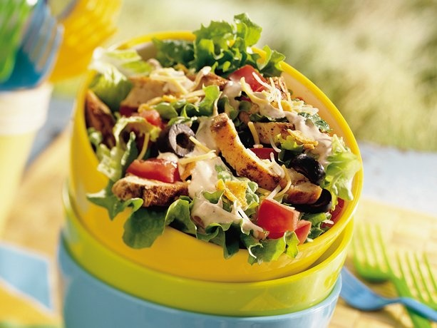 Southwestern Chicken Taco Salad - this would also make a good wrap/sandwich