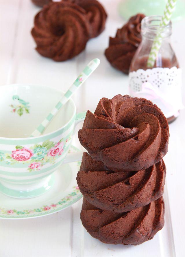 Mini Bundt Cakes de zanahoria y chocolate con ganache de chocolate