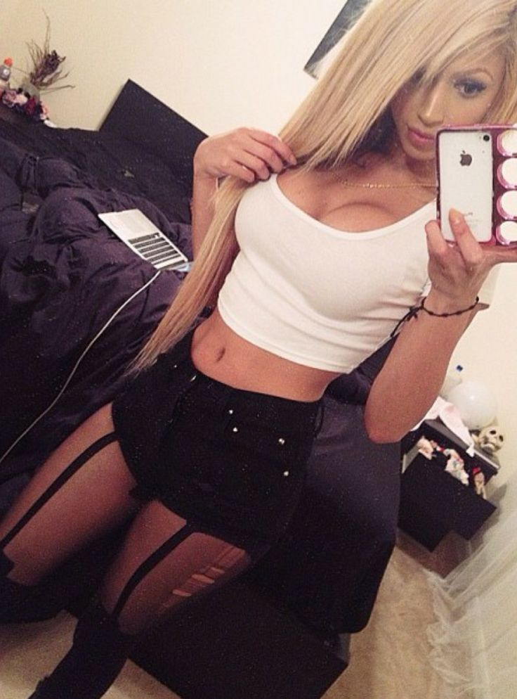 MESSY GAL I would love to be able to wear something like this! #Motivation