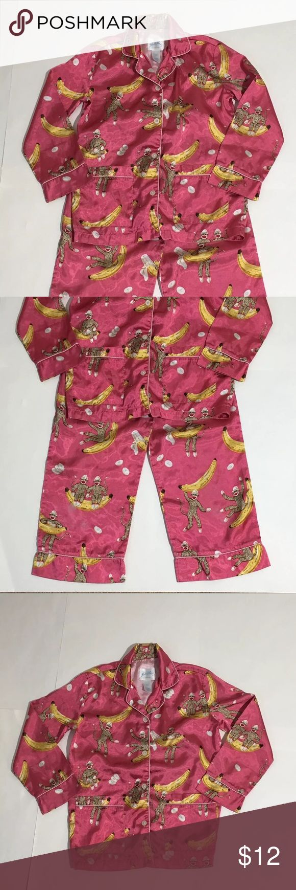 Nick & Nora Pink Sock Monkey Bananas Pajamas 6x Nick And Nora Girls pink sock monkey and bananas long sleeve and pants pajama set! Size S 6-6X Nick & Nora Pajamas Pajama Sets