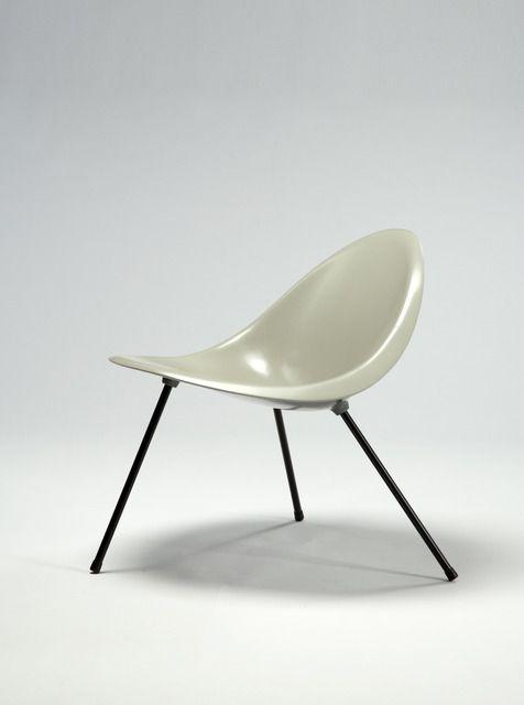 Poul Kjærholm, 'Aluminum Tripod Chair (gray),' 1953/2007, R & Company
