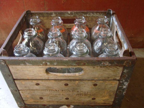 17 best images about got milk bottles on pinterest for Uses for old glass bottles