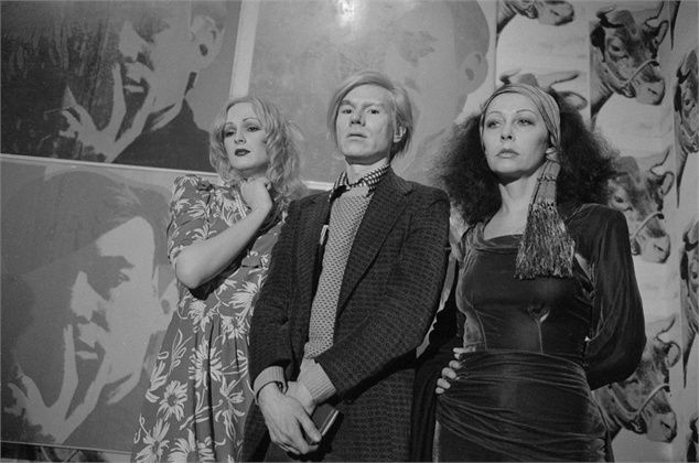 Andy Warhol with Candy Darling & Ultra Violet, 1971