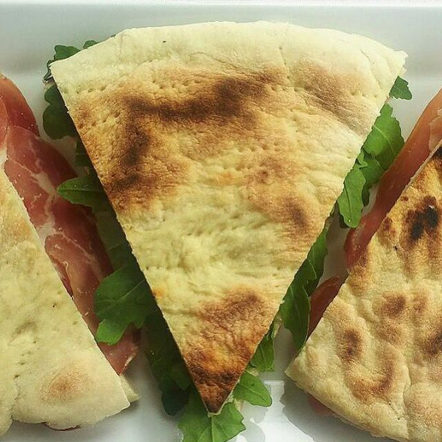 torta al testo con rucola stracchino e prosciutto di Norcia il #Norcino #Milano #art #illustration #drawing #draw #picture #artist #sketch #sketchbook #paper #pen #pencil #artsy #instaart #beautiful #instagood #gallery #masterpiece #creative #photooftheday #instaartist #graphic #graphics #artoftheday #food #eat #dinner #lunch #restaurant