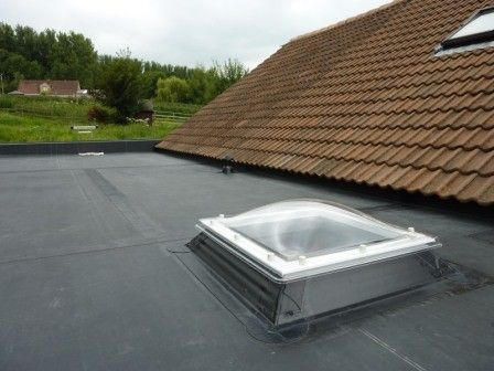 The Firestone RubberCover™ EPDM Roofing System is the ideal, durable solution for a multitude of small residential flat roofing applications: Extensions