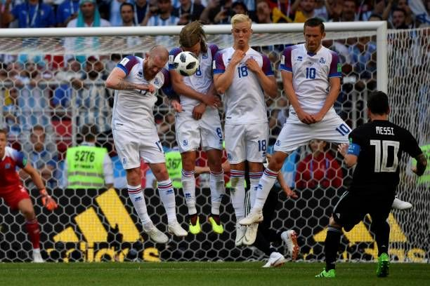 Argentina V Iceland Group D 2018 Fifa World Cup Russia Photos And Premium High Res Pictures Lionel Messi Messi Free Kick