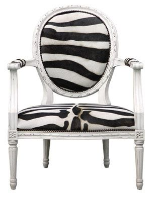 This chair is awesome! Where animal print and glamour collide!