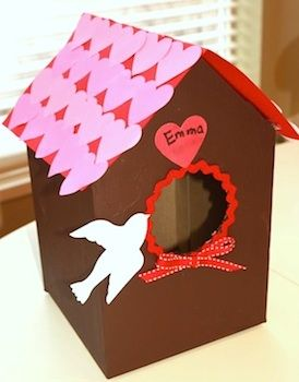 TweetAround February 12th, my children usually go into a panic trying to figure out a great Valentine box for elementary school. Some teachers make it a competition, which adds lots of extraadrenaline to the project. Here are a few Valentine box ideas I am gathering in an effort to cancel out the stress! First, is [...]