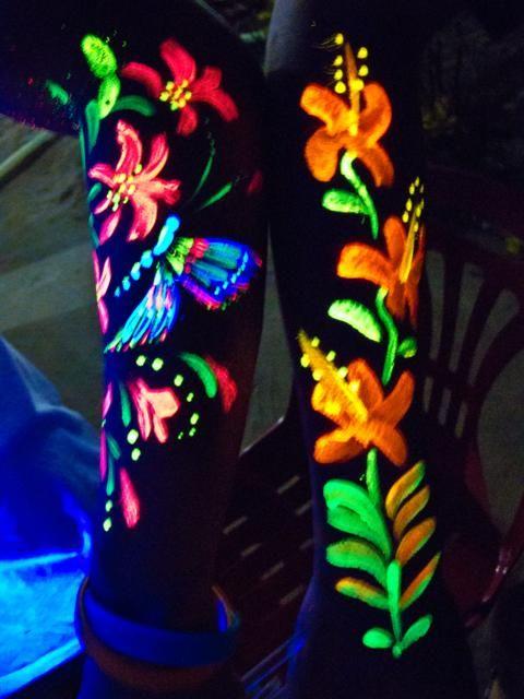 Full-Moon-Party-in-Ko-Phangan-butterlfies-and-flowers-body-art.jpg (480×640)