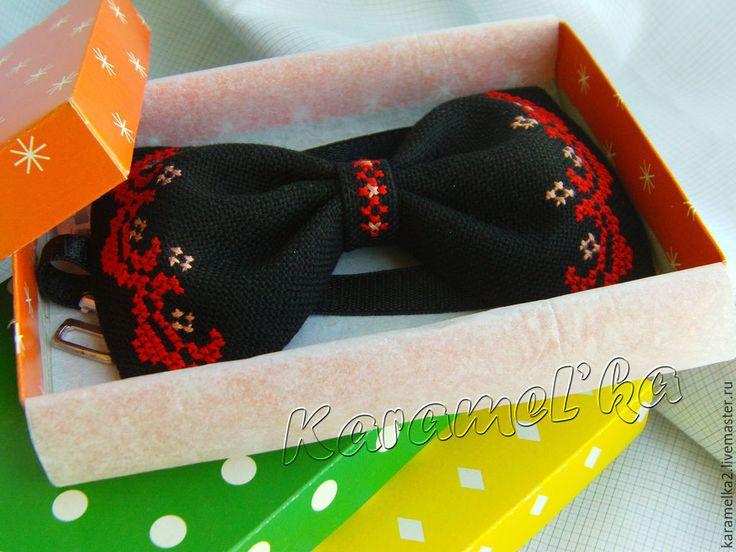 Купить Галстук-бабочка (ручная вышивка) - разноцветный, орнамент, бабочка галстук, бабочка на шею
