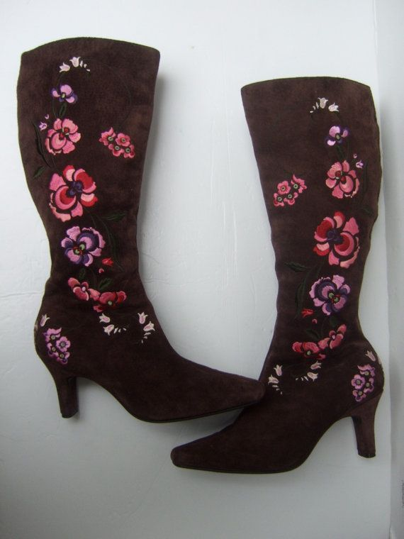 Stylish Brown Suede Embroidered Flower Boots