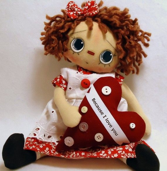 Tilly  Raggedy Doll by Allisbright on Etsy  GOSTO DE VESTIDO COM BORDADO INGLES