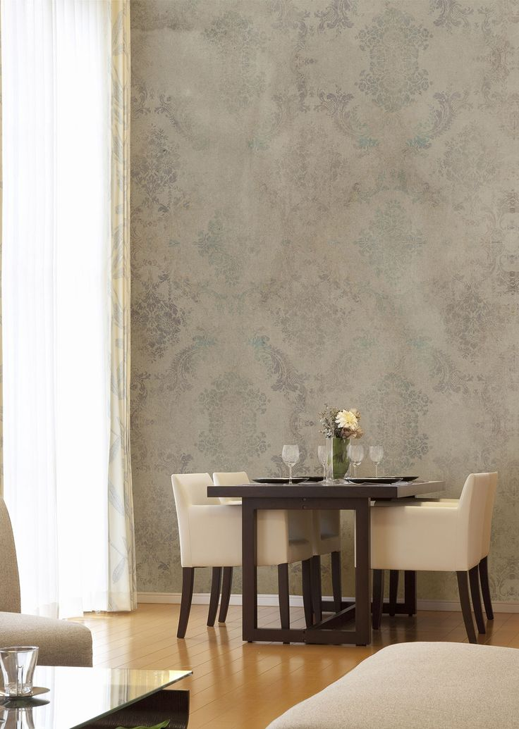 """Arabesque decor of great effect for modern spaces.  Subject: """"Isaac"""" by #Tecnografica #ItalianWallcoverings #diningroom #wallpaper #inpiration #decorative"""