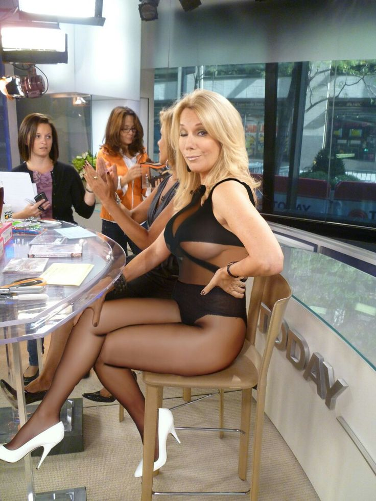 Mature celebrities in pantyhose