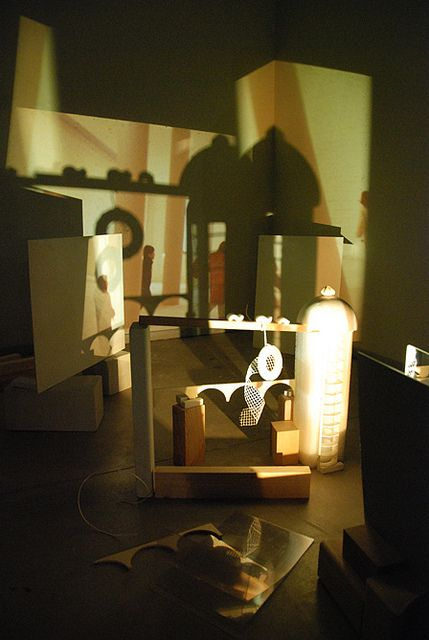 Natural and Artificial -Diana Preschool: In search of relationships between the landscape (a large video projection and microprojections 2) and the architectural structures that children and teenagers / adults have built. Photographs by: Marina Castagnetti Simona Spaggiari ≈≈