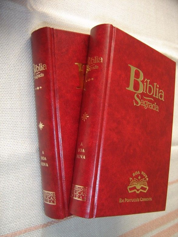 Beautiful Edition!! PORTUGUESE BIBLE . Buy it now with Confidence. PORTUGUESE BIBLE - A BÍBLIA  SEGRADA EUROPEAN INTERCONFESSIONAL