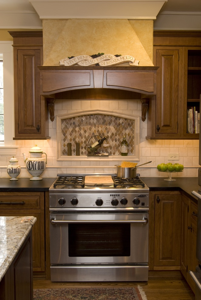 Custom hood - traditional - kitchen - chicago - The Kitchen Studio of Glen Ellyn