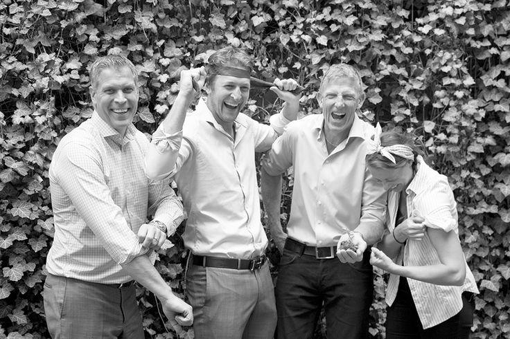 Nu kör vi igång marknadsundersökningen - på ett kul sätt! Kalle Svensson, Henric Johansson, Ante Nilsson och Jessika Nilsson på Bostad&Co