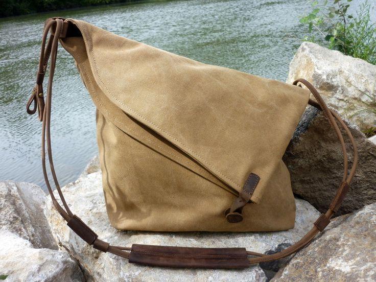 Canvas Schultertasche (Khaki) von NORDLICHT  Taschen und Rucksäcke aus Segeltuch…