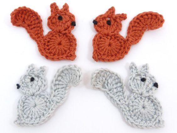 Crochet applique, 4 piccola grigio e ruggine crochet scoiattoli, carte, album di ritagli, appliques e abbellimenti