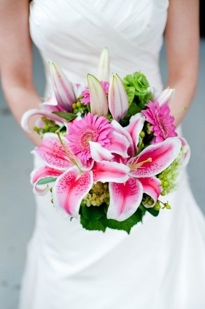 Pink wedding flowers  FAVORITE!!!!! ..... Less closed lillies.. or none.. more? missing something but DEF pink stargazer lillies !!! :) #aromabotanical