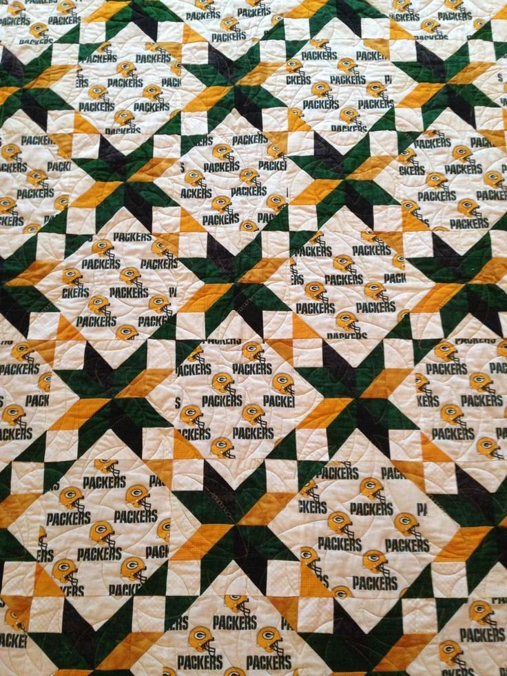 Green Bay Packer quilt. Homemade quilt. Sports. Sofa throw. by sewmanyhands on Etsy