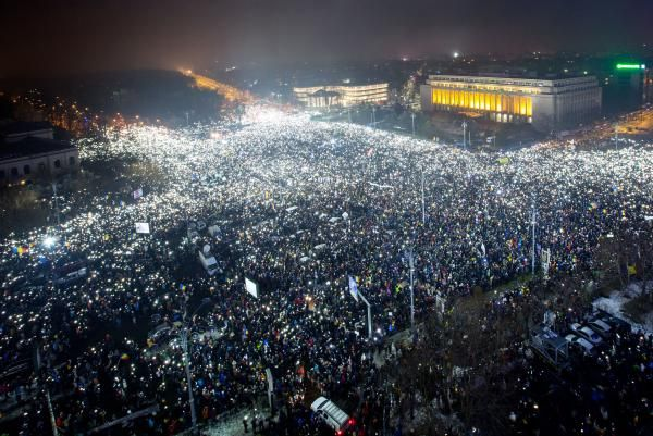 Ed Adamczyk Feb. 9 (UPI) -- Romanian Justice Minister Florin Iordache resigned after his bill to reduce government corruption penalties…