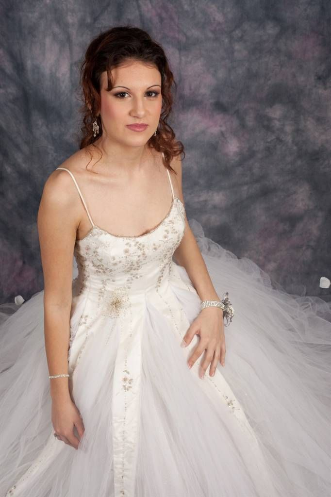 White panelled princess dress http://www.arcarocouture.com.au