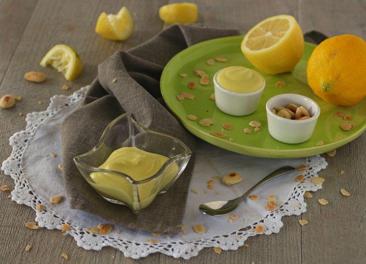 Mayonese+veggie+alle+mandorle+-+pronta+in+5+minuti
