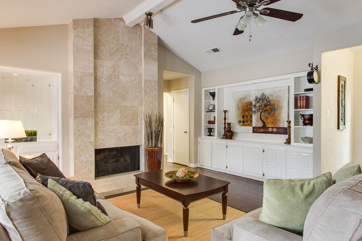 Family Room Staging Plano Tx Home Staging Art Used As Tv