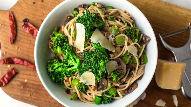 Gluten-Free Spaghetti With Baby Broccoli, Mushrooms and Walnuts leave out parmesan