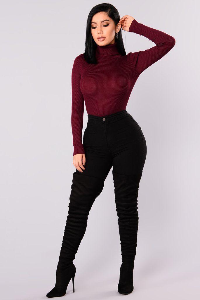 Tara Turtle Neck Sweater - Burgundy