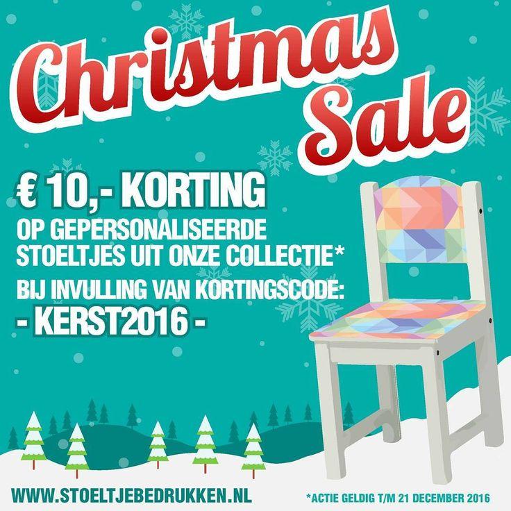 De CHRISTMAS SALE is vanaf nu van start! Bestel nu het origineelste kerstcadeau voor uw kind - kleinkind - nichtje / neefje - buurjongen of buurmeisje! Wie verdient er volgens jou een stoeltje? Verzilver de promotiecode op onze website en ontvang € 10,- korting op uw bestelling. Stuur ons gerust een DM voor meer info! *** #stoeltjebedrukken #origineel #kerstcadeau #christmas #sale