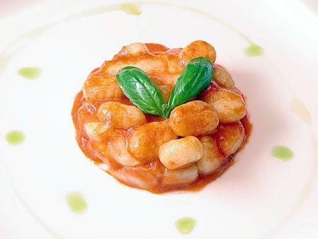 Ricetta di Alessandra Spisni: Gnocchi di patate burro e oro - SoloFornelli.it - Ricette di cucina facili e veloci