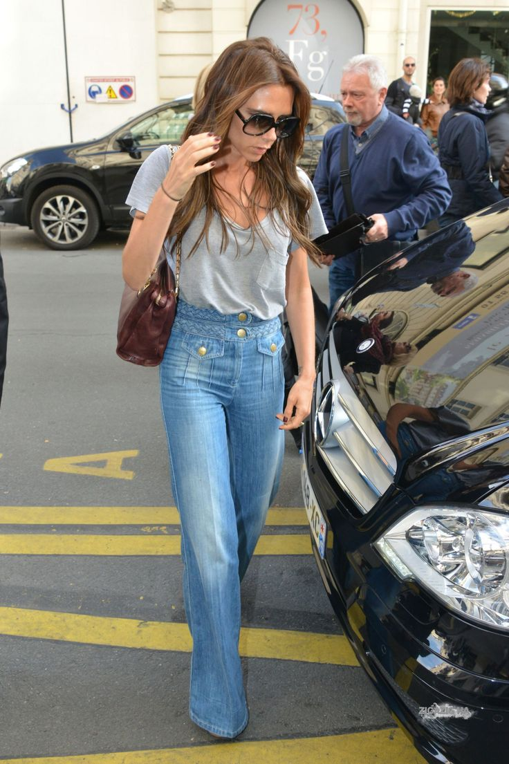 April 20th - Paris - Victoria, Jackie and Tony leaving Eres's shop and arriving at Costes's hotel - 026 - ZIGAZIG HA! Gallery