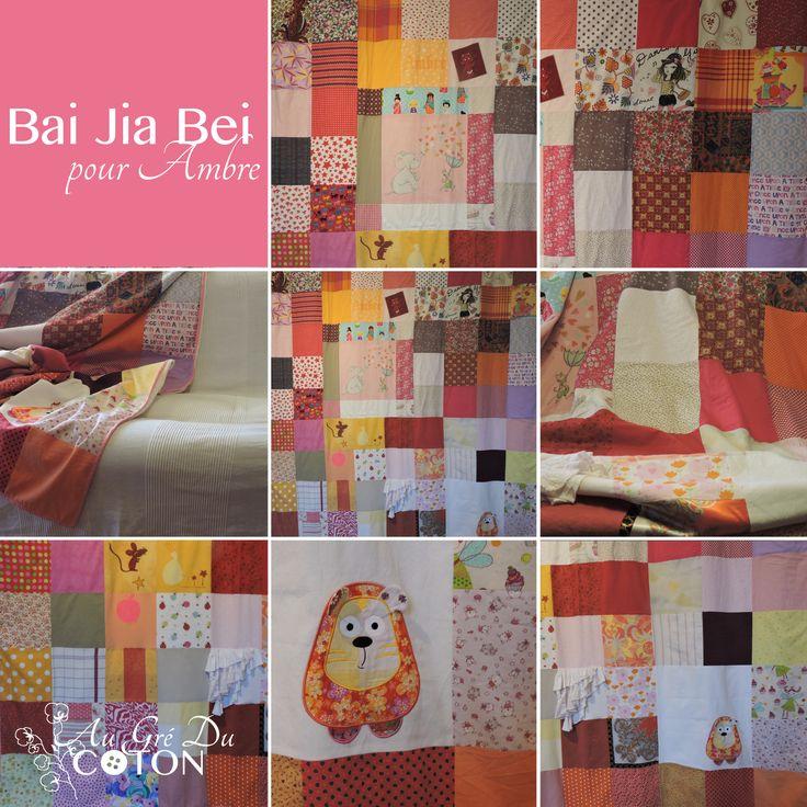 BAI JIA BEI Assemblé en Décembre 2015  Nombre de voeux : 90 Dimensions : 180 cm x 200 cm  Composition : Coton et flanelle de coton bio Couleur dominante : rose  Evènement : Envie de lui dire qu'elle est entourée de personnes qui l'aiment ! #baijiabei