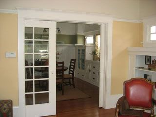 GAP Interiors - Sliding door between kitchen and dining room - Picture  library specialising in Interiors