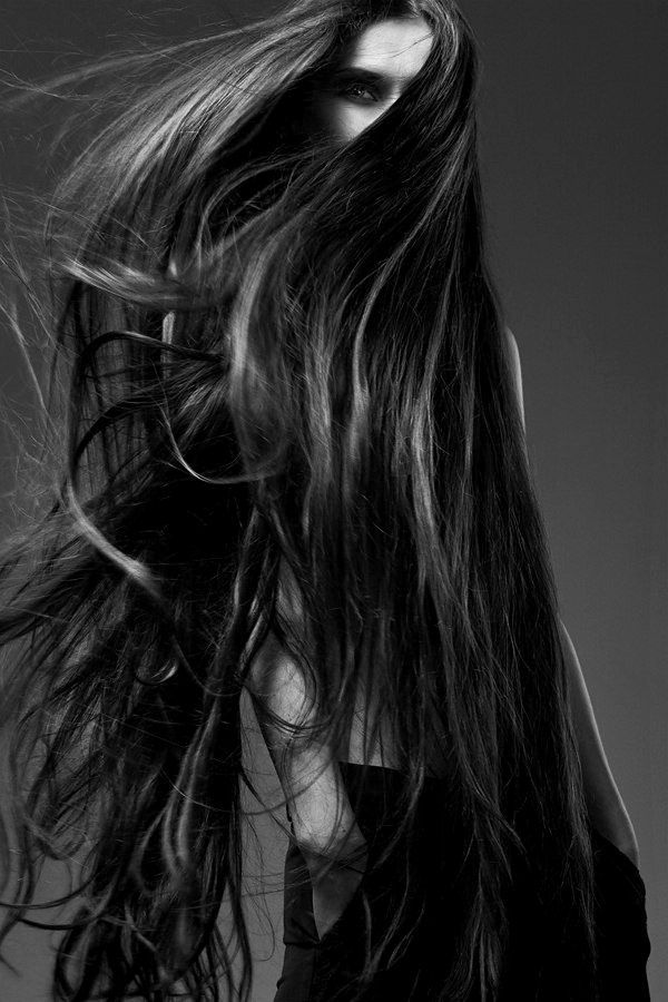 There is nothing sexier then a man with long hair. Yum. come join our long haired men group @ http://www.facebook.com/groups/LongHairedMen/