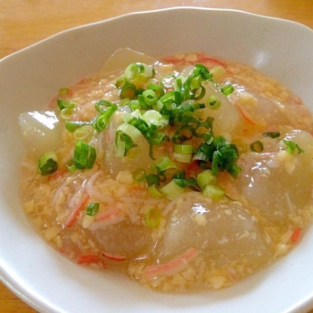 冬瓜やっとGETしました♪ 丸々一個使って作りましたが、みんな ペロリと完食(^o^) とっても美味しかったです(*^^*) ともこさん♪いつも美味しいレシピありがとです(*^^*) 最近作っていた さくちんさん♪プーティさん♪食べ友宜しくお願いします(o^^o) - 211件のもぐもぐ - Tomoko Itoさんの料理 玉子豆腐とカニカマ使って簡単うまうまあんかけ冬瓜♥ by mikio64